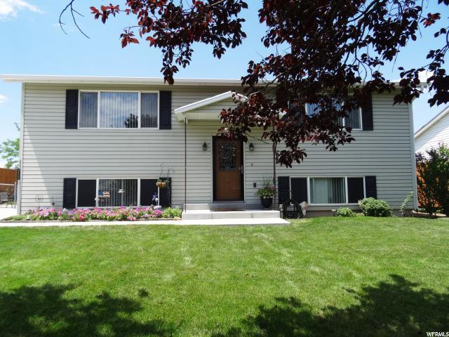 5232 S Parish Dr, West Valley City, UT 84118 (#1540424) :: Bustos Real Estate | Keller Williams Utah Realtors