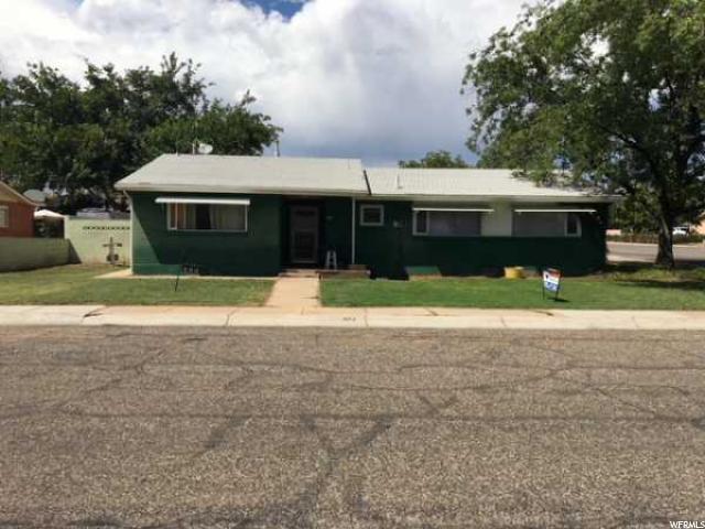 493 E 650 S, St. George, UT 84770 (#1540429) :: Bustos Real Estate | Keller Williams Utah Realtors