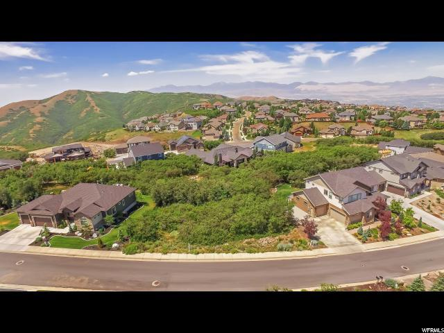 15224 S Tall Woods Dr E, Draper, UT 84020 (#1540478) :: Exit Realty Success