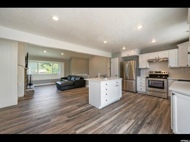 1614 E Sego Lily Dr S, Sandy, UT 84092 (#1540938) :: Eccles Group