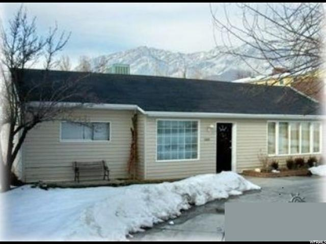 3325 Bengal Blvd E, Cottonwood Heights, UT 84121 (#1540947) :: Colemere Realty Associates