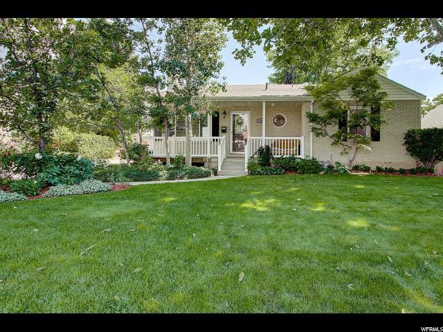 2784 E Wardway Dr S, Holladay, UT 84124 (#1541292) :: Colemere Realty Associates