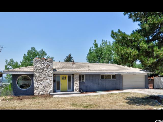 4676 S Stratton Dr S, Holladay, UT 84117 (#1541356) :: Colemere Realty Associates
