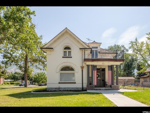 213 S 100 E, Provo, UT 84606 (#1541386) :: Big Key Real Estate