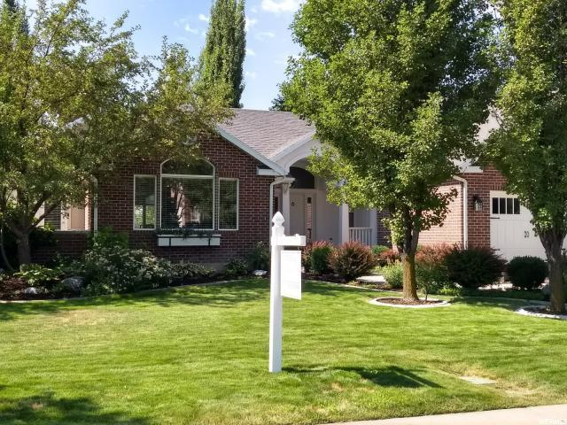 758 Canterbury Ln E, Alpine, UT 84004 (#1541564) :: Red Sign Team