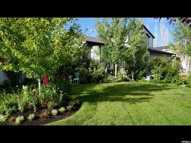 854 W Sweet Meadow Ln, Sandy, UT 84070 (#1541624) :: Colemere Realty Associates