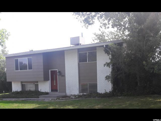 3955 S Boothill Dr W, West Valley City, UT 84120 (#1541788) :: goBE Realty