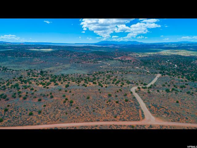 17 S Pinon, Moab, UT 84532 (MLS #1545341) :: High Country Properties