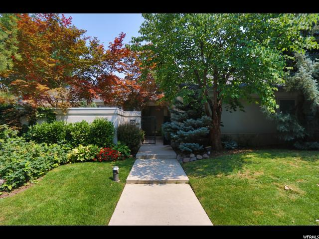 6245 S Oak Knoll Dr, Salt Lake City, UT 84121 (#1545578) :: Red Sign Team
