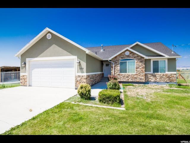 228 S 2850 E, Vernal, UT 84078 (#1546453) :: goBE Realty