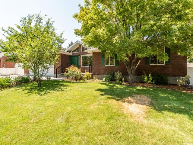 6852 S Manorly Cir E, Cottonwood Heights, UT 84121 (#1546613) :: Red Sign Team