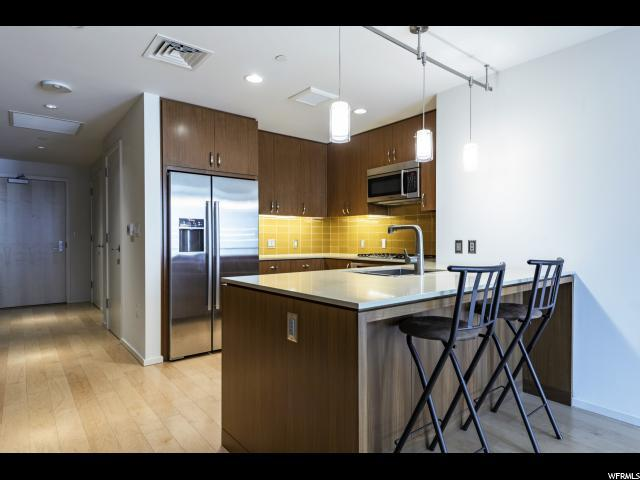 35 E 100 St S #708, Salt Lake City, UT 84111 (#1546869) :: The Fields Team
