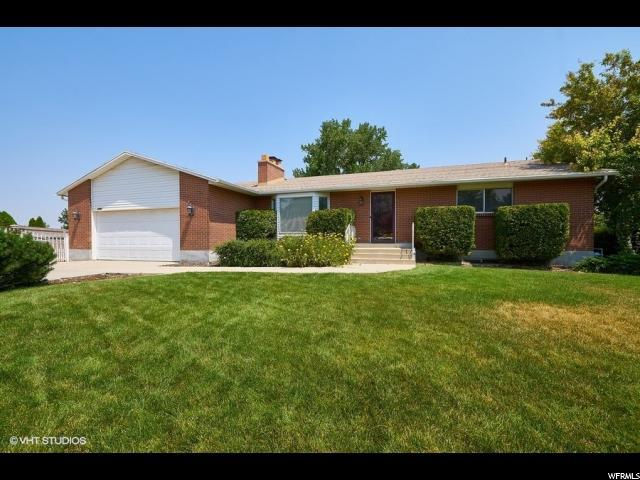 2964 W Continental Cir, Taylorsville, UT 84129 (#1547234) :: Bustos Real Estate | Keller Williams Utah Realtors