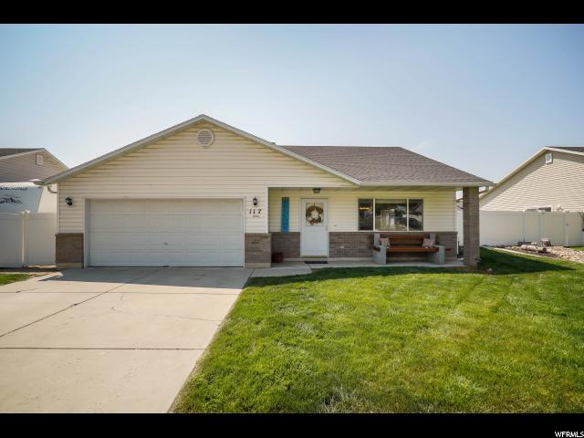 117 N Lynne School Ln, Ogden, UT 84404 (#1548019) :: Bustos Real Estate | Keller Williams Utah Realtors