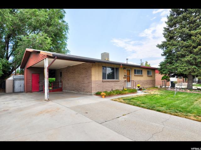 4202 W 4695 S, West Valley City, UT 84120 (#1548095) :: goBE Realty