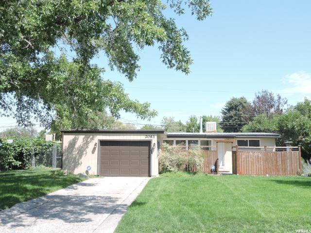 2063 La Cresta Dr, Cottonwood Heights, UT 84121 (#1548116) :: Action Team Realty