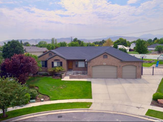 1294 W Margaret Park Dr S, Riverton, UT 84065 (#1548165) :: The Utah Homes Team with iPro Realty Network