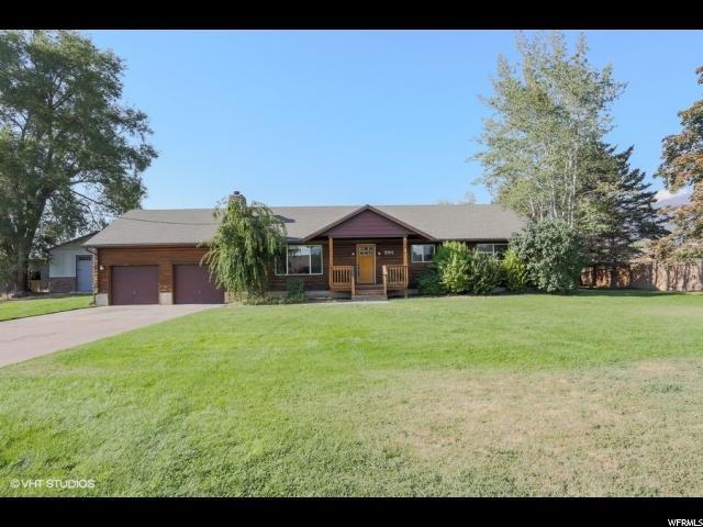 394 W Burton Ln S, Kaysville, UT 84037 (#1548191) :: RE/MAX Equity