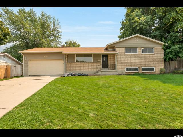 6905 S Luna Dr, Cottonwood Heights, UT 84047 (#1548446) :: Action Team Realty