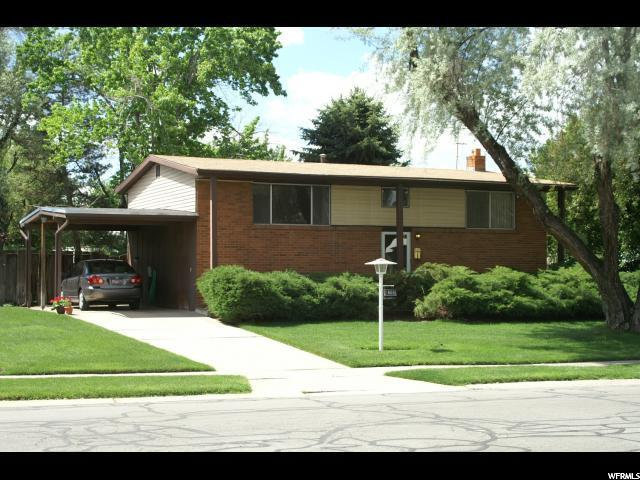 1668 E 6670 S, Cottonwood Heights, UT 84121 (#1548488) :: Action Team Realty