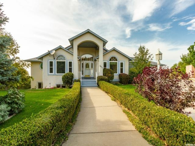 1073 E Birdie Cir N, North Salt Lake, UT 84054 (#1549312) :: goBE Realty
