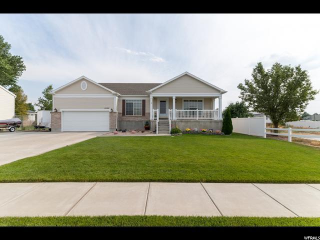 1955 W 2025 S, Syracuse, UT 84075 (#1549469) :: Bustos Real Estate | Keller Williams Utah Realtors