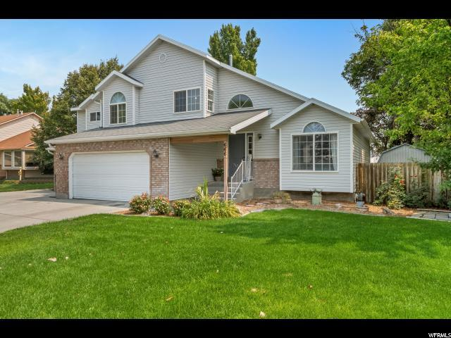 666 Country Clb, Stansbury Park, UT 84074 (#1549953) :: goBE Realty