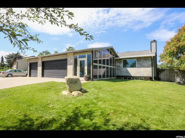 9528 S Tramway Dr E, Sandy, UT 84092 (#1553105) :: Colemere Realty Associates