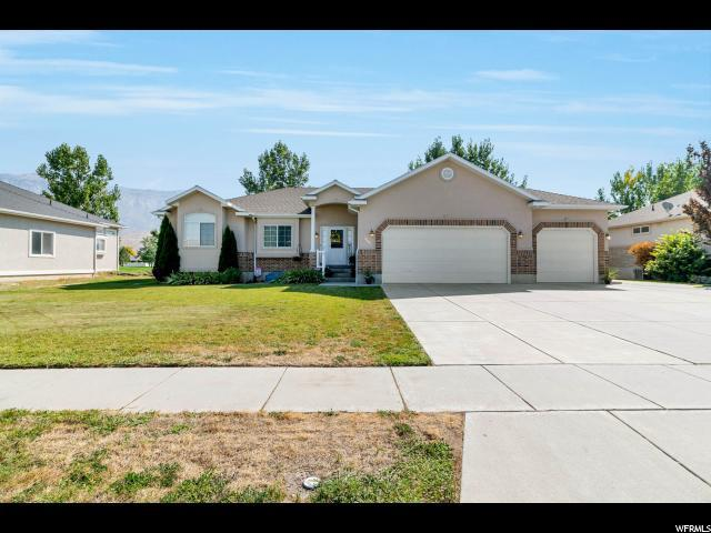 3786 N 2800 W, Farr West, UT 84404 (#1553417) :: goBE Realty