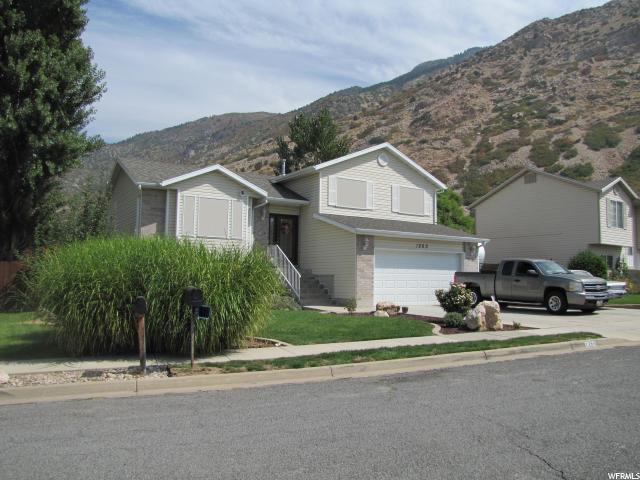 1260 N Willard Peak Dr E, Ogden, UT 84404 (#1553428) :: goBE Realty