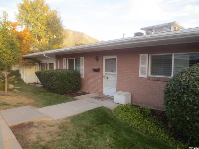 2262 E Carriage Ln S #64, Holladay, UT 84117 (#1553560) :: goBE Realty