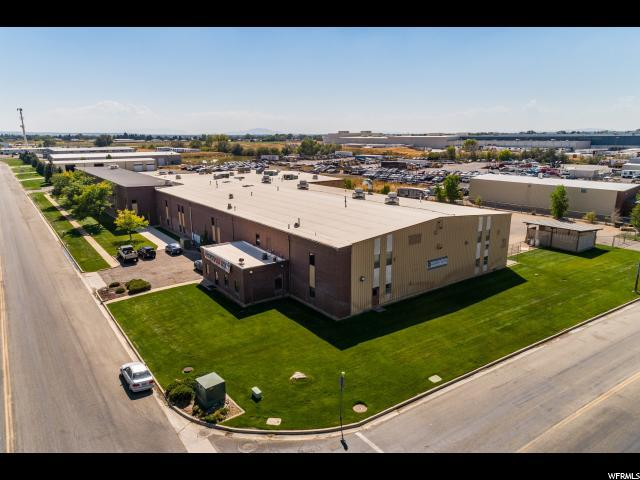 2541 N Rulon White Blvd W, Ogden, UT 84404 (#1553675) :: Colemere Realty Associates