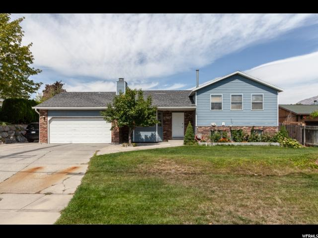 1707 E 9400 S, Sandy, UT 84093 (#1553759) :: Colemere Realty Associates