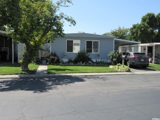 1250 E El Sendero Cir S, Holladay, UT 84117 (#1554222) :: Big Key Real Estate