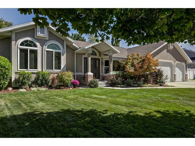 4629 S Stockbridge Ln E, Salt Lake City, UT 84117 (#1554654) :: goBE Realty