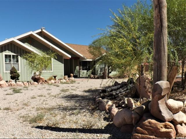 49 Ranch Rd, Moab, UT 84532 (#1554911) :: The Fields Team