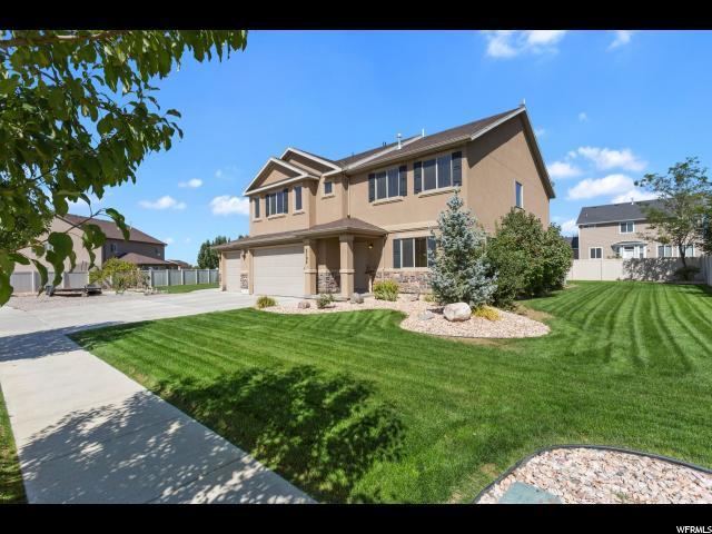 2104 Loveland Ln, Farmington, UT 84025 (#1555244) :: Bustos Real Estate   Keller Williams Utah Realtors