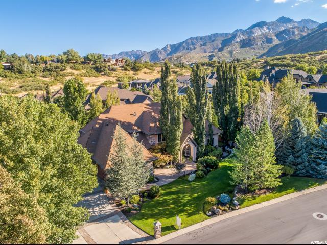 89 E Lone Hollow Dr S, Sandy, UT 84092 (#1555310) :: The One Group