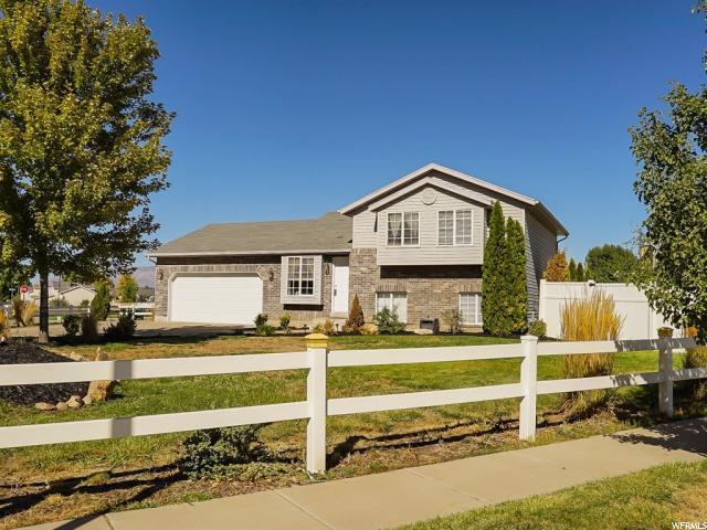 1758 N 810 W, Clinton, UT 84015 (#1555553) :: The Fields Team