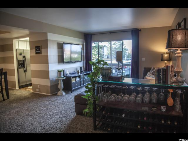 5704 S Waterbury Way Unit J, Murray, UT 84121 (#1555775) :: KW Utah Realtors Keller Williams