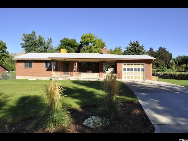 4220 S Adams Ave, South Ogden, UT 84403 (#1556054) :: Keller Williams Legacy