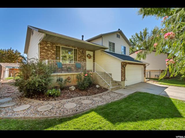 2154 S 50 W, Clearfield, UT 84015 (#1556082) :: Bustos Real Estate | Keller Williams Utah Realtors