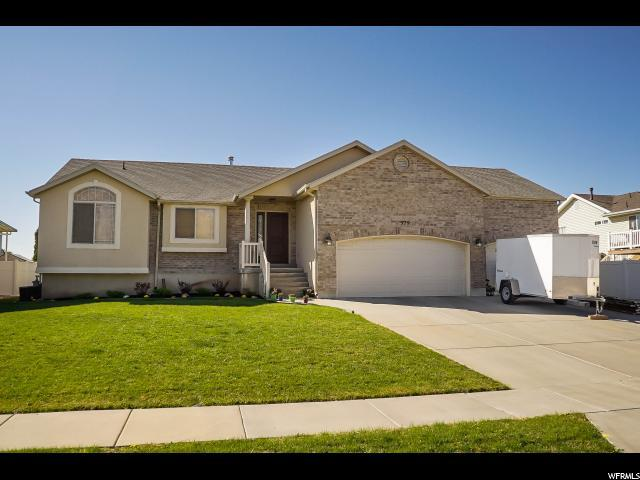 379 W 1825 N, North Ogden, UT 84414 (#1556092) :: The Fields Team