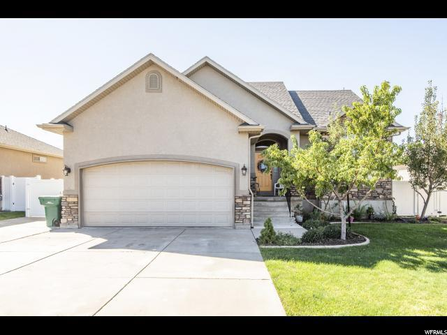 703 W 25 N, Clearfield, UT 84015 (#1556105) :: Eccles Group