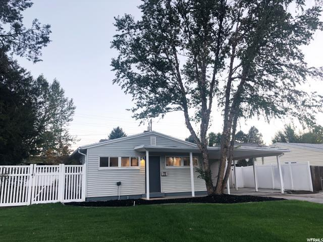 1834 E Cloverdale Rd, Cottonwood Heights, UT 84121 (#1556106) :: Exit Realty Success