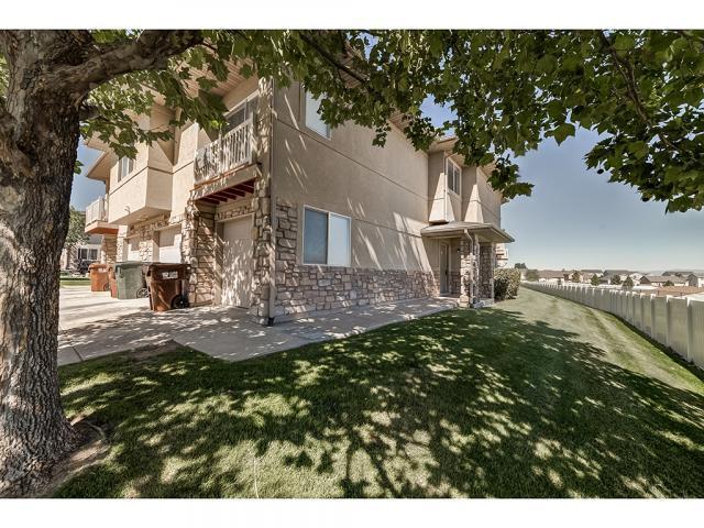 6604 W Ivy Terrace Ct S, West Jordan, UT 84081 (#1556175) :: Bustos Real Estate | Keller Williams Utah Realtors