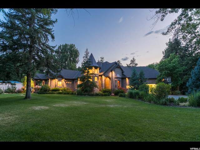 7700 S Forest Bend Dr E, Cottonwood Heights, UT 84121 (#1556258) :: Colemere Realty Associates