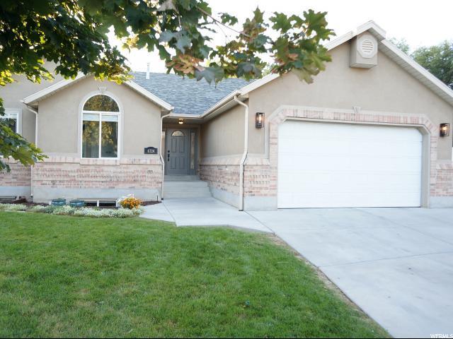 4724 Kaitlyn Ann Cir., Taylorsville, UT 84123 (#1556478) :: Bustos Real Estate | Keller Williams Utah Realtors