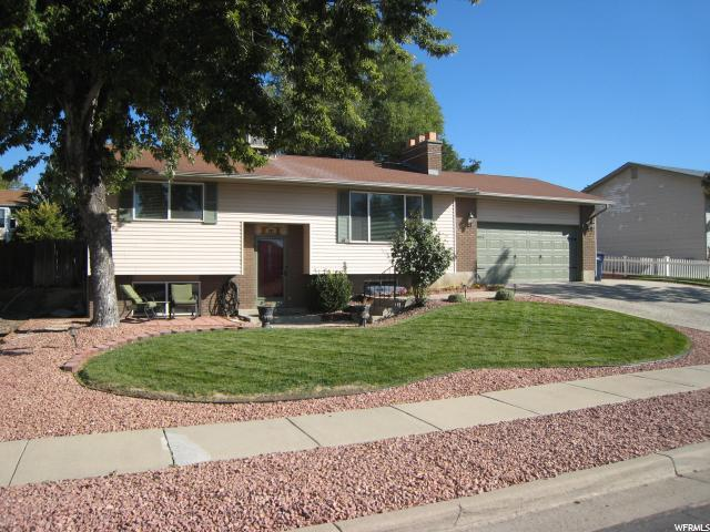 797 E Spruce Mesa Way S, Sandy, UT 84094 (#1556503) :: Big Key Real Estate