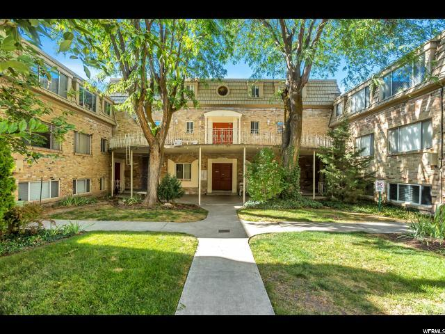 2220 E Murray Holladay Rd S #4, Holladay, UT 84117 (#1556581) :: goBE Realty